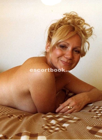 best escort service mature blonde